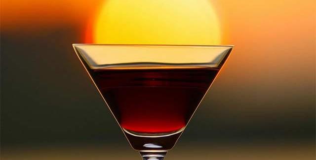 Tequila Sunrise – Drinken der ligner en solnedgang