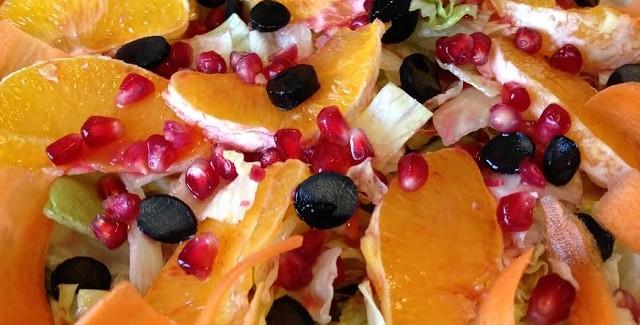 Appelsinsalat med granatæble og lakrids