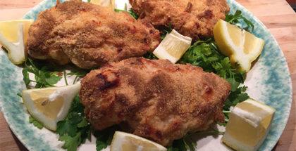 Fyldt paneret kylling i grill