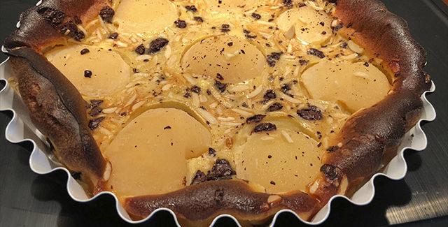 Pæretærte med chokolade og mandler