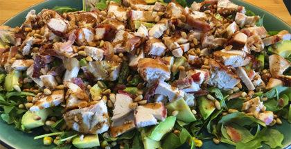 Grillet kylling salat