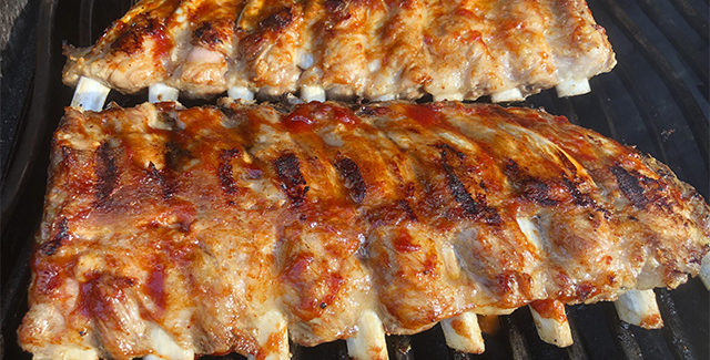 BBQ kokkens hemmelighed: Møre ribs på 90 minutter