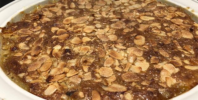 Æbletærte med sprød mandel topping